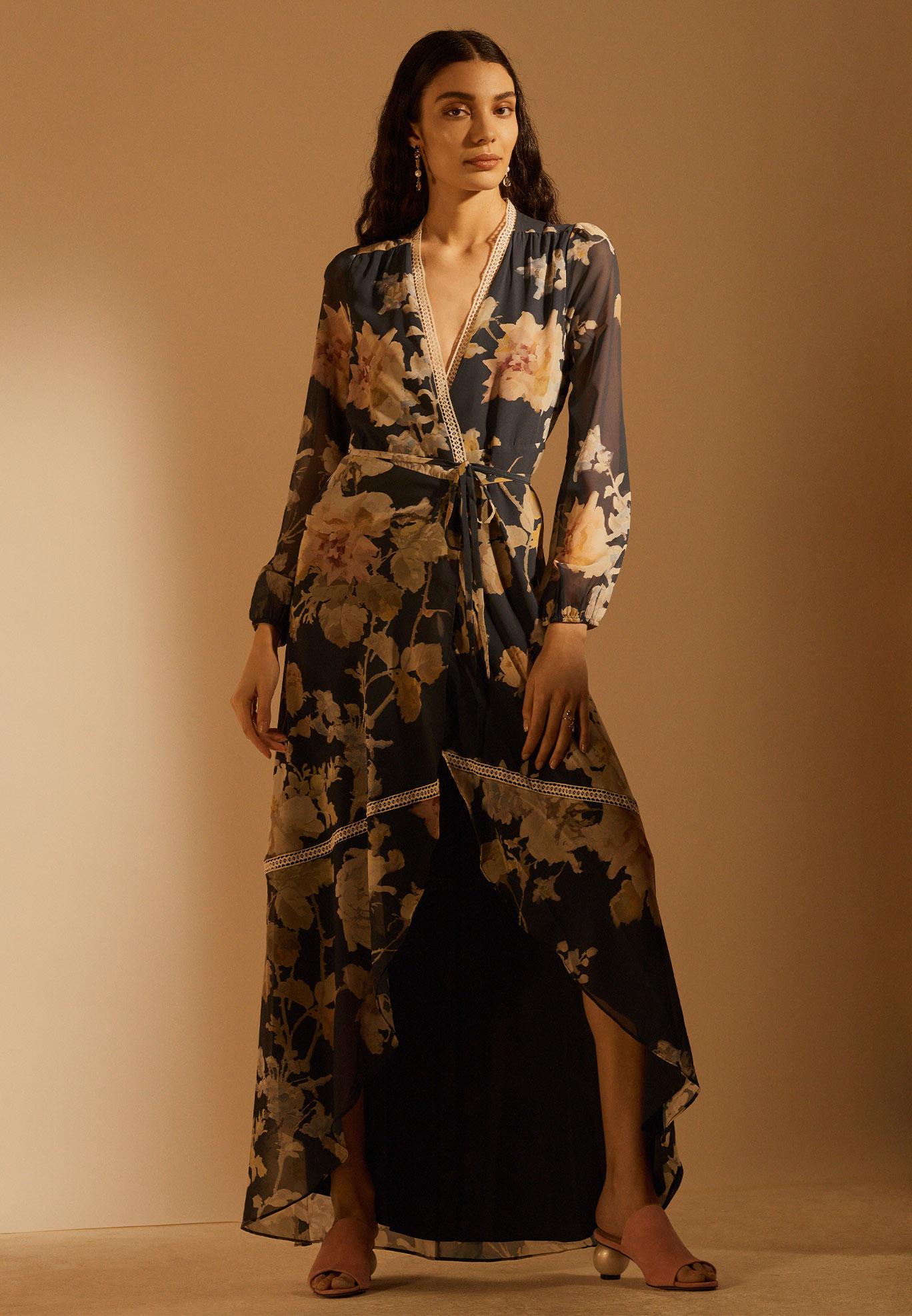 Mode für große Frauen ab 13,13m  Entdecke die TALL Trends  ZALANDO